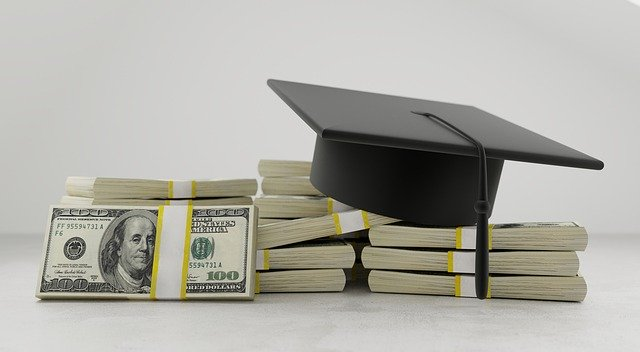 College Adivce: What You Should Know About Student Loans