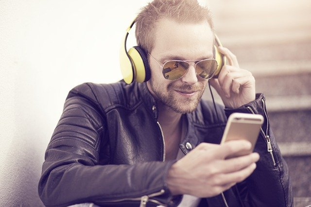 Everything You Have Ever Wanted To Know About Music Downloads