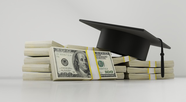 Make Dealing With Student Loans Easy With This Advice